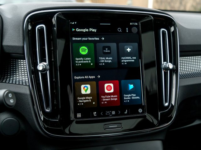 Android Automotive Google Play