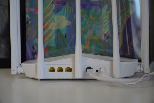 Speedefy K7W Router Review ports