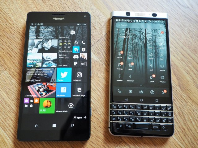 BlackBerry KEYone Lumia 950XL