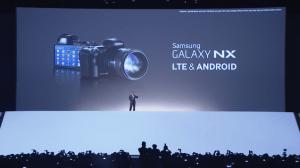 Samsung-Galaxy-NX-camera