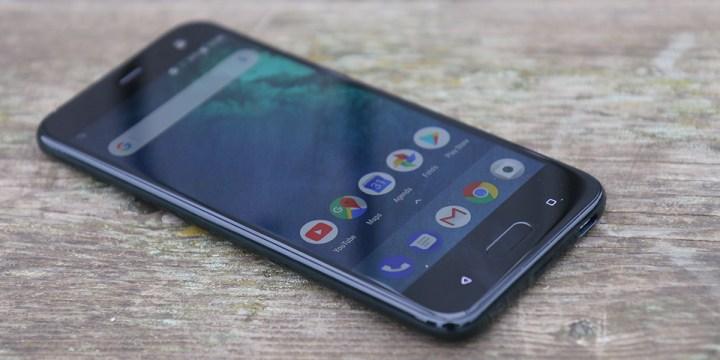 HTC U11 Life review 3