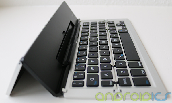 Foldable-Keyboard-F18-review-4