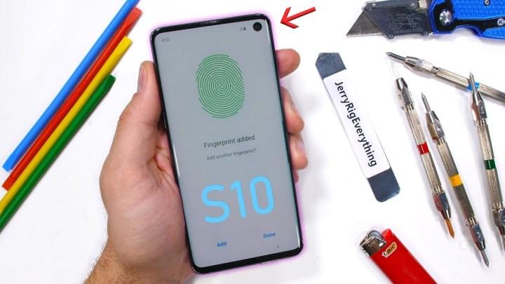 Samsung-Galaxy-S10-JerryRigEverything