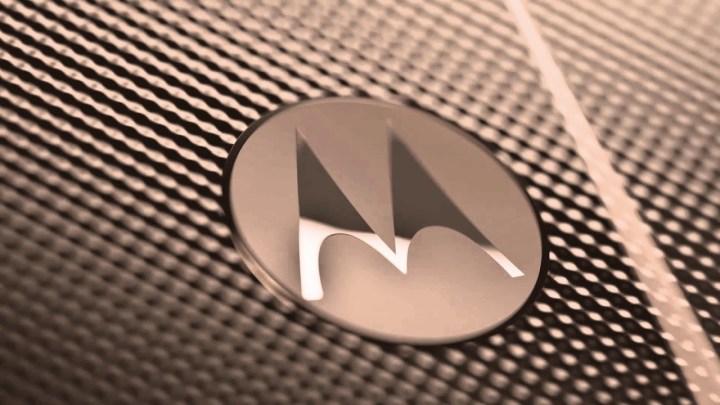 Motorola_Razr_Blush_Gold