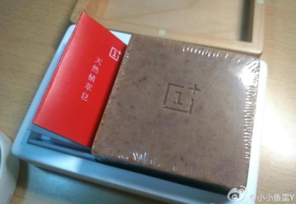 640x480xoneplus-one-soap-3-1024x768.jpg.pagespeed.ic.dz9iK_jYGb