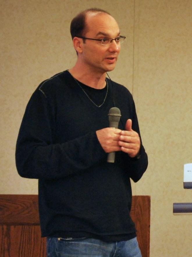 Der Android-Chef Andy Rubin tritt zurück und wird von Sundar Pichai abgelöst. (BQ: wikipedia.com)