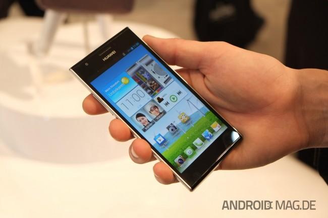 """Das Huawei Ascend P2 soll """"das schnellste Smartphone der Welt"""" sein. Die Spezifikationen lesen sich gut. Foto: androidmag.de"""