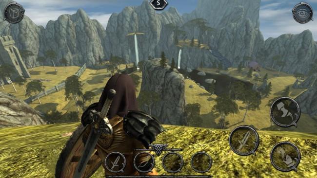 """Zwar hätten die Bäume ein wenig mehr Kontur und manche weitläufige Ebene abwechslungsreichere Texturen gebraucht. Die offene Welt von """"Ravensword: Shadowlands"""" zu erkunden, sorgt mit dem streicherlastigen Soundtrack dennoch für reichlich Fantasy-Feeling."""