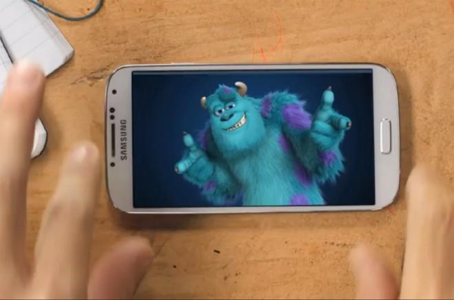 Das Galaxy S4 sieht attraktiv aus - wirklich viel Unterschied zum Vorgänger gibt es indes nicht.