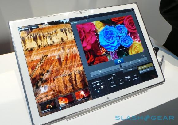 Panasonic geht mit diesem Tablet an die Grenzen dessen, was mit OLED-Technologie möglich ist. (BIldquelle: SlashGear)