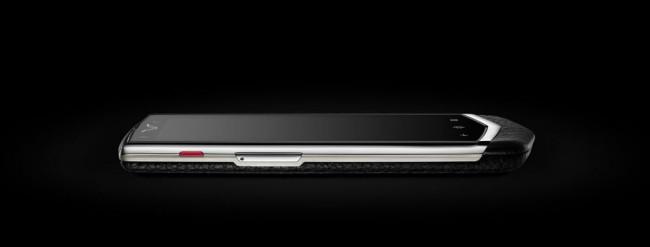 Die Edelmarke Vertu bringt mit dem Constellation sein zweites Android-Smartphone auf den Markt. Foto: Vertu.com.