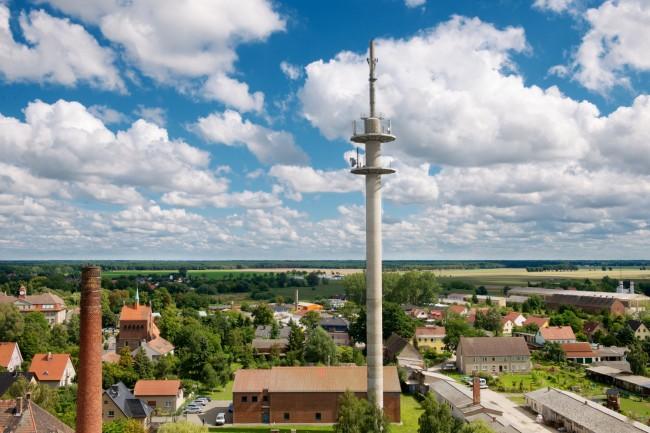 Bereits existierende LTE-Basisstationen lassen sich durch lediglich eine Aktualisierung ihrer Software auf LTE-Advanced umrüsten. (Foto: Deutsche Telekom)