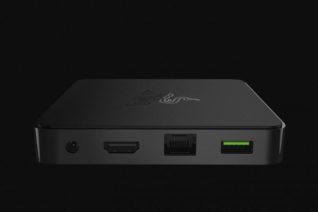 Minimalistisch: Nicht nur in Sachen Design wird bei Razer gespart, sondern auch bei den Anschlüssen. Lediglich ein Strom-Anschluss, Ehternet-, HDMI und USB-Port sind mit an Bord.
