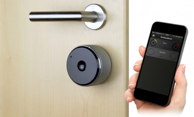 Dank des Danalock-Schlosses kannst du deine Wohnungstür mit deinem Android-Smartphone oder iPhone aufschließen. (Foto: Soular GmbH & Co. KG)