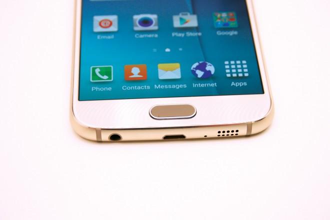 Betatschen erwünscht: Zum Entsperren reicht es nun, einen Finger kurz auf den Home-Button zu legen - wie beim iPhone.