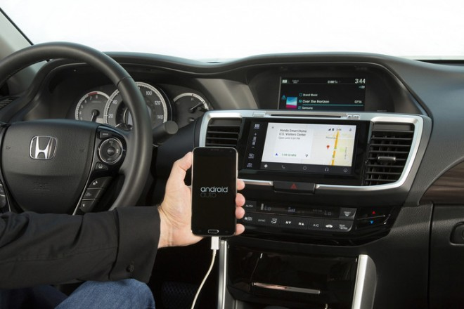 2016_Honda_Accord_with_Android_Auto_3