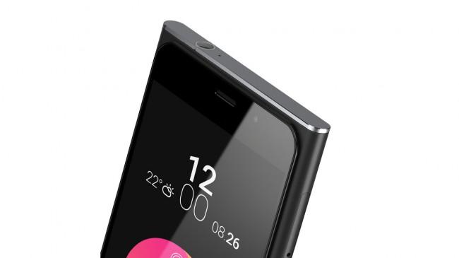 """Der Bildschirm des """"Obi Worldphone SF1"""" wird durch Gorilla Glass 4 geschützt. (Foto: Obi Worldphone)"""