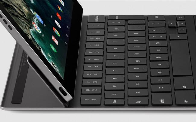 Der Winkel zwischen dem Tablet und der Tastatur lässt sich von 100 bis 135 Grad variieren. (Foto: Google)