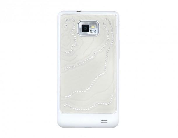 Die Rückseite des Samsung Galaxy S2 Crystal Edition ist mit Svarowksi Elementen bestückt. Foto: sammyhub.com.