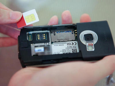 Using your thumb or index finger press inward on the card until it clicks. My Phone Can T Detect Sim Card How To Fix