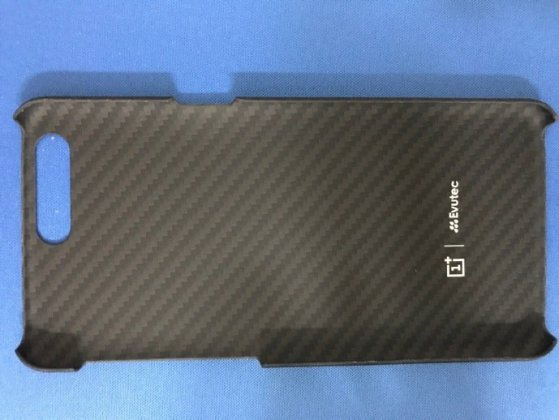 case oneplus 5 case g Exclusive: Alleged OnePlus 5 Case Renders reveal NO Audio Jack [updated] 23