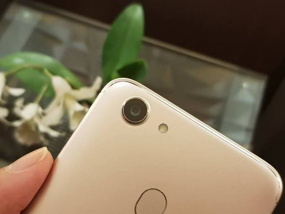 Oppo F5 Handson g High resolution Oppo F5 Hands-on images leak ahead of official announcement 8