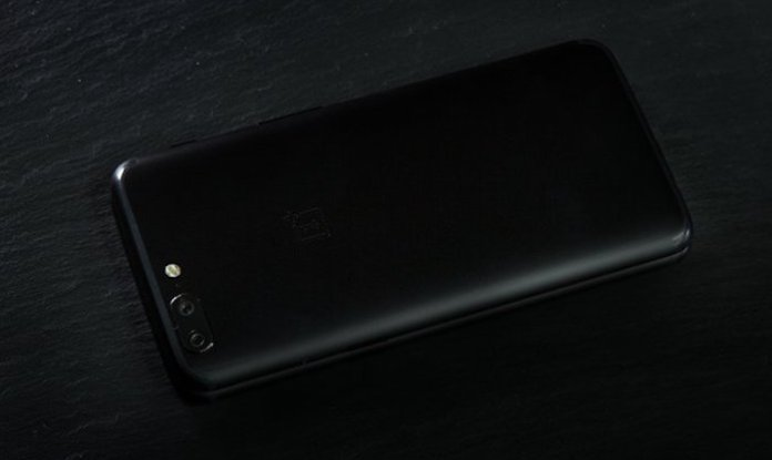 OnePlus 5T - OnePlus 5T Rear Panel Teased Officially