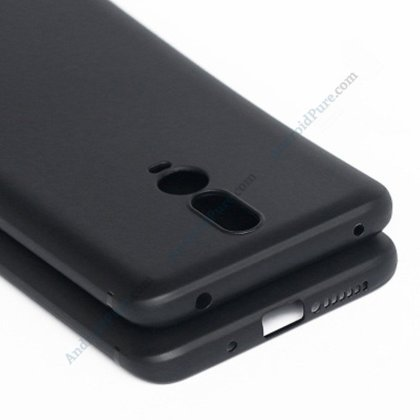 Oneplus 6T c Exclusive: OnePlus 6T cases reveal triple camera, waterdrop display 6