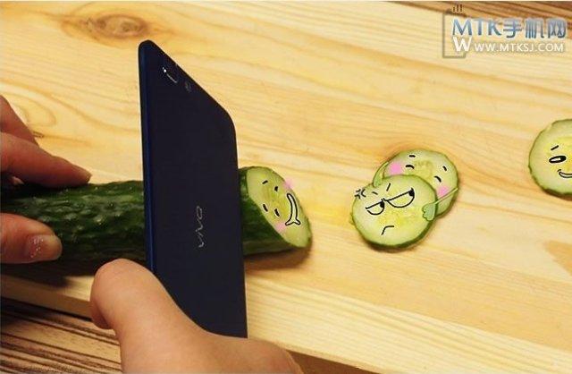 Vivo-X3 Oppo Pregateste Un Telefon Cu Grosimea De 4 mm