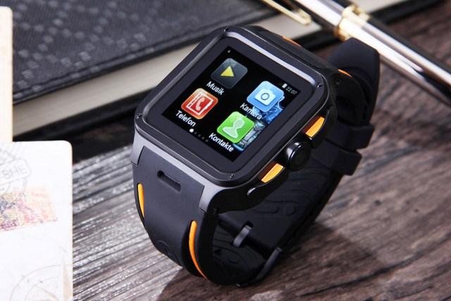 kkk UNOVA Ironman, ceas inteligent cu 1GB RAM si conexiune 3G