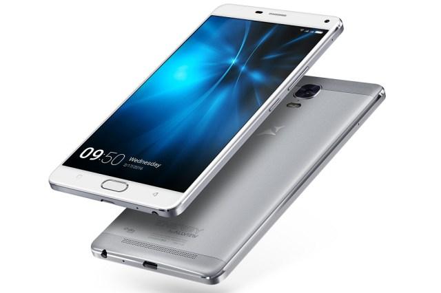 P8 Energy PRO 3 P8 Energy PRO lansat astazi, telefon cu ecran de 6 inch si pret de 1900 lei