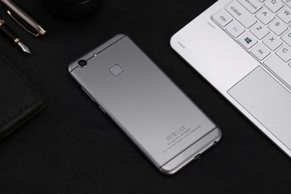 M HORSE C9 Pro M HORSE C9 Pro, compania revine cu un nou telefon aratos!