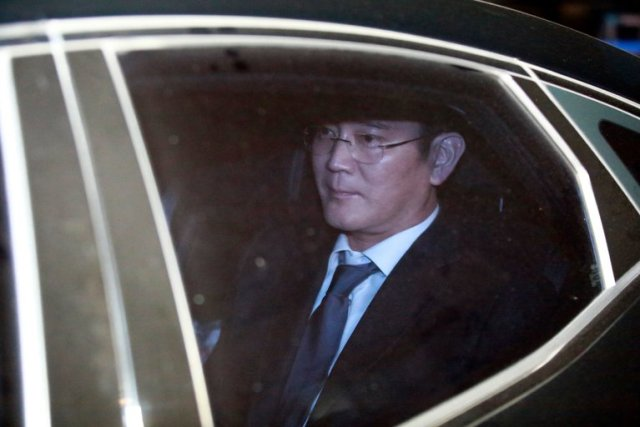 Probleme in paradis! Vicepreşedinte al Samsung Electronics arestat!