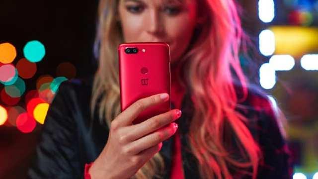 OnePlus 5T rojo lava