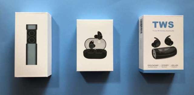 Auriculares TWS en sus cajas