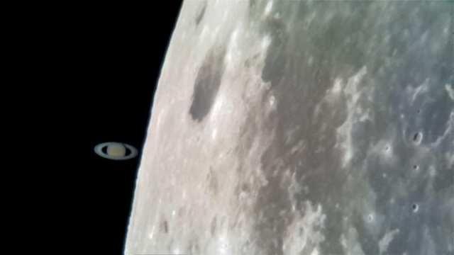 foto de la Luna y Saturno con el Samsung℗ Galaxy℗ S8