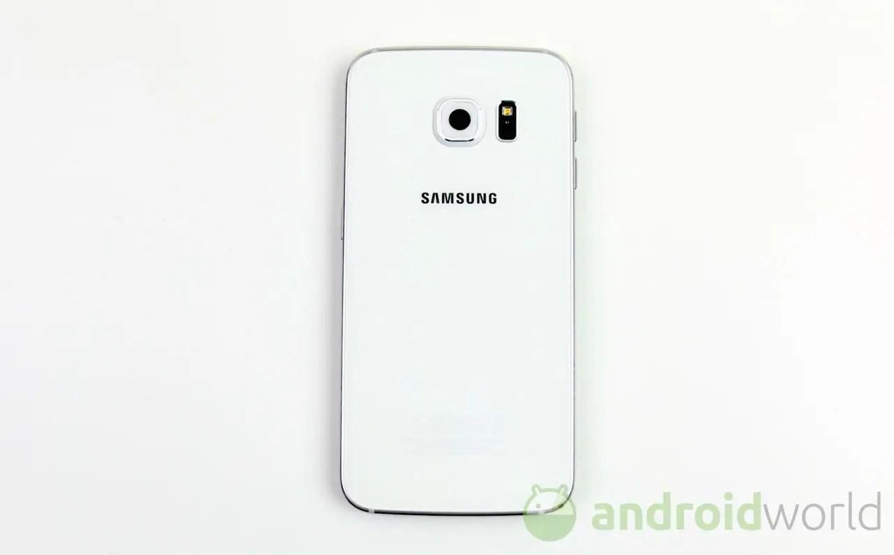 Sony IMX240 vs Samsung ISOCELL confronto su Galaxy S6