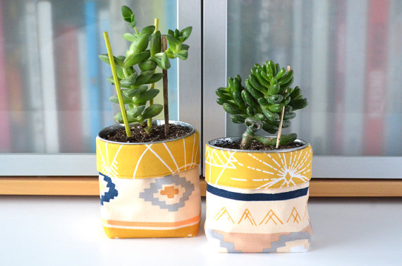 Houseplant Planters and Pots from Etsy
