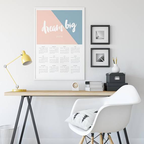 18 Charming & Artistic 2018 Calendars
