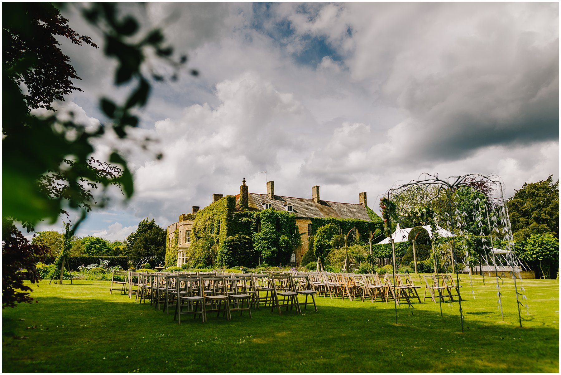 REBEKAH AND PAUL NARBOROUGH HALL WEDDING - NORFOLK WEDDING PHOTOGRAPHER 2