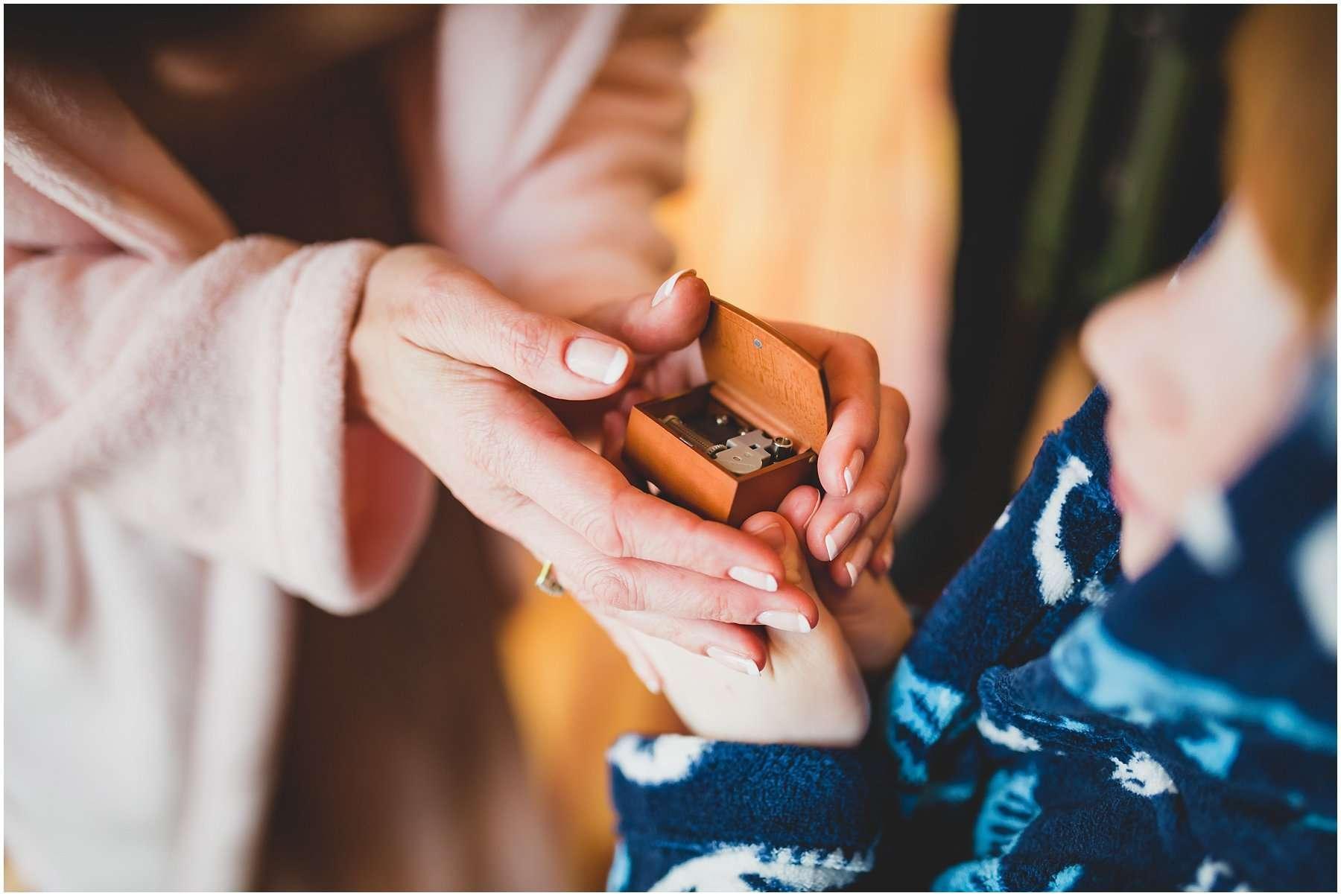 SARAH AND IAN SOUTHWOOD HALL WEDDING - NORFOLK WEDDING PHOTOGRAPHER 2