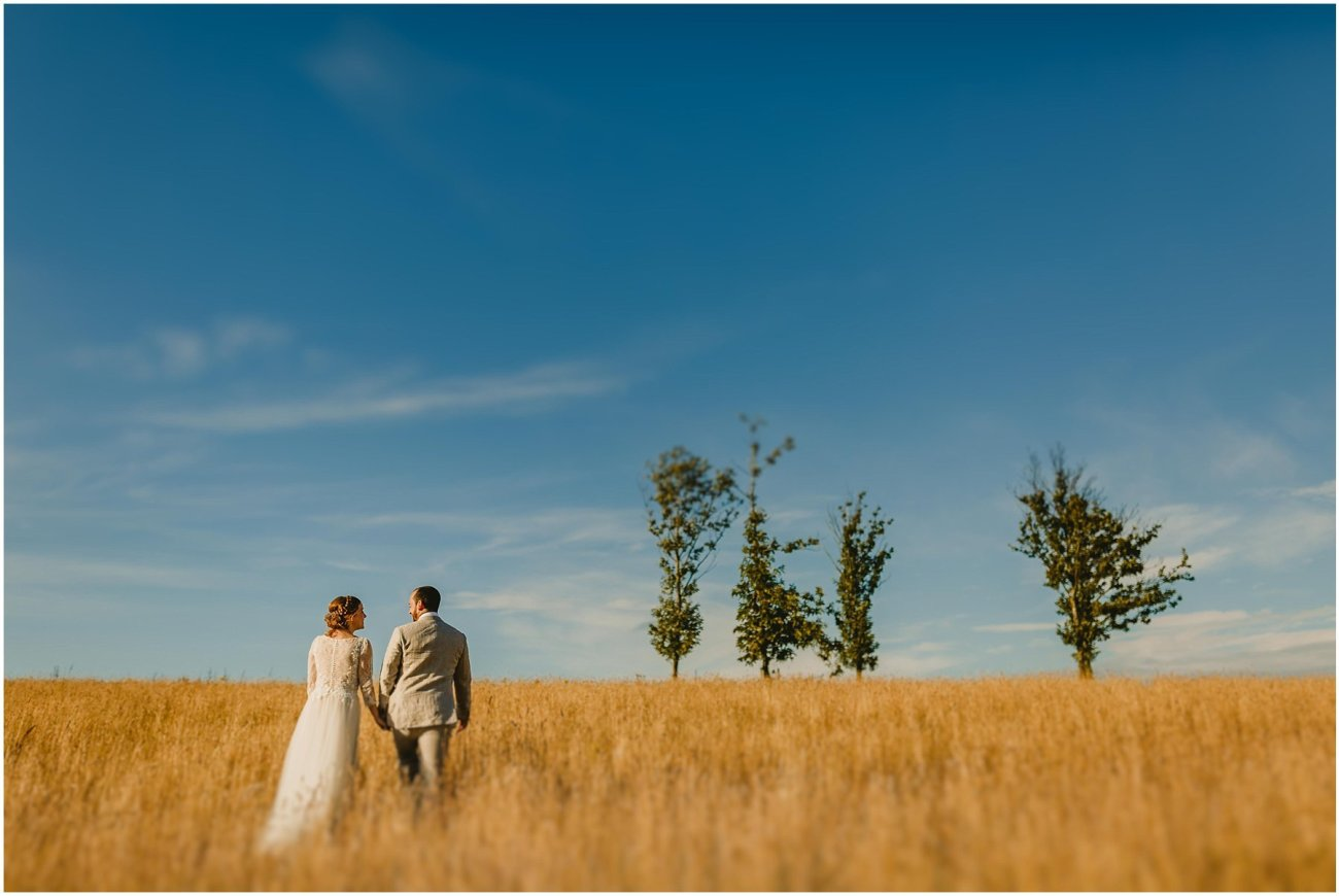 SOPHIE AND ALEX CHAUCER BARN WEDDING