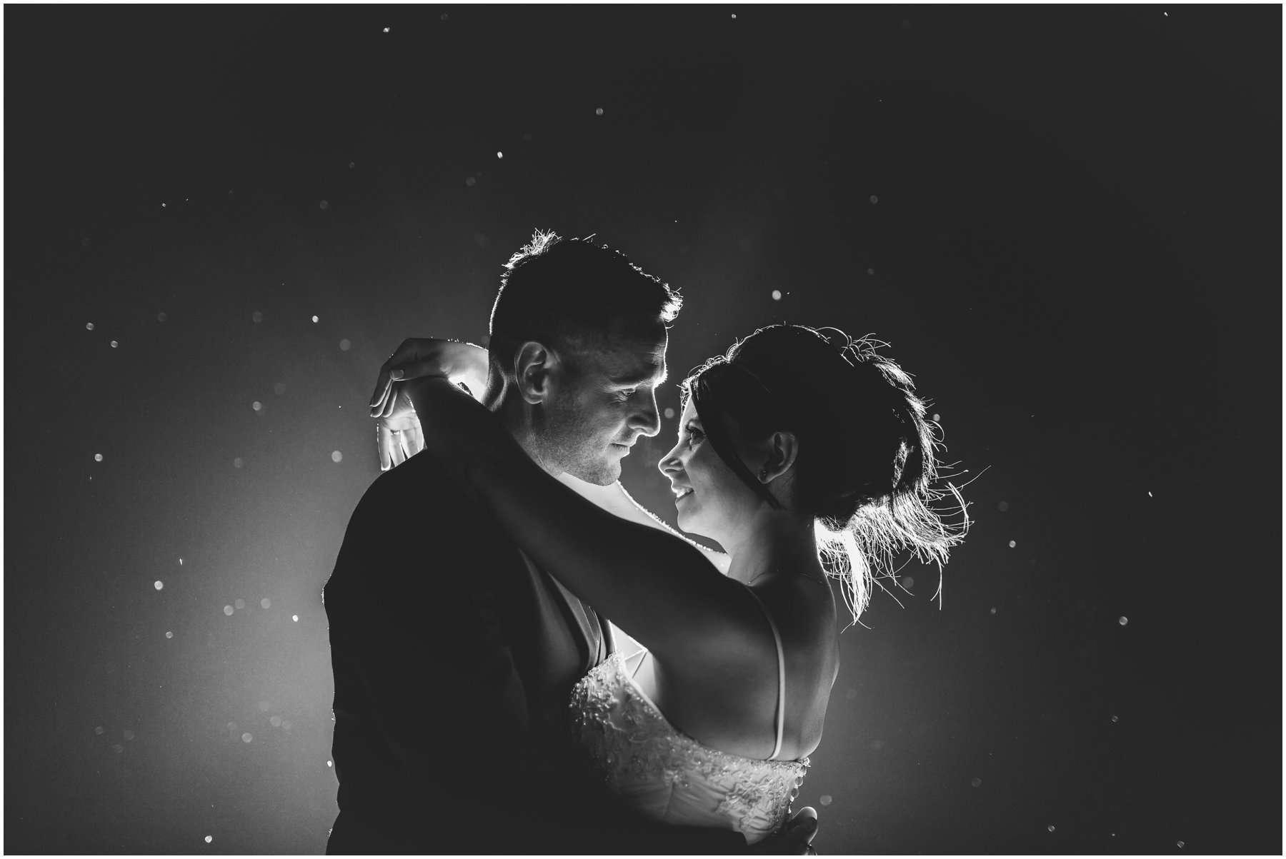 SOUTHWOOD HALL WEDDING - TRACEY AND JONATHAN - NORFOLK WEDDING PHOTOGRAPHER 2