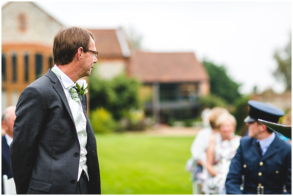 PAULA AND JON CHAUCER BARN WEDDING SNEAK PEEK - NORFOLK WEDDING PHOTOGRAPHER 9