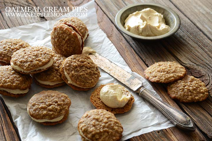 Oatmeal Cream Pies with Description