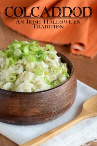 Mashed Potatoes with Cabbage and Onion {Colcannon}
