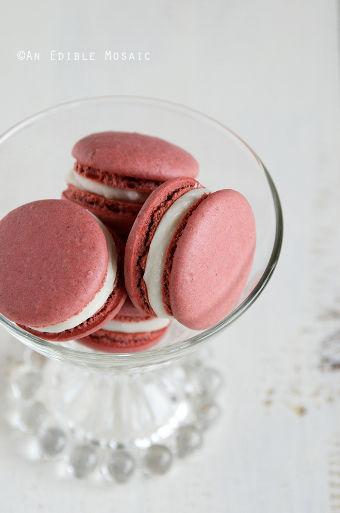 Red Velvet Macarons 2