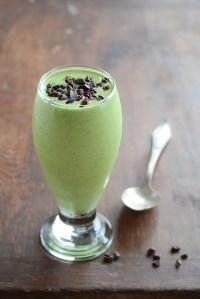 Healthy Shamrock Shake {Mint-Flavored Smoothie}