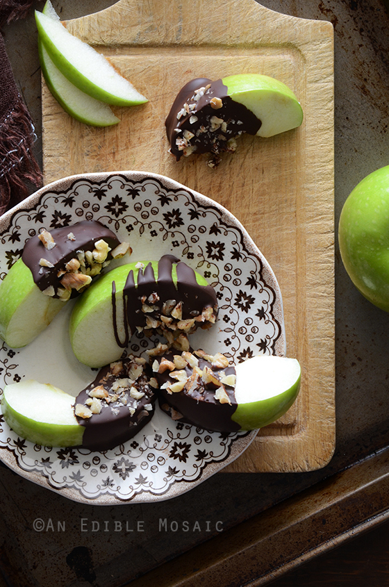 Healthy Candy Apple Wedges {Paleo} 3