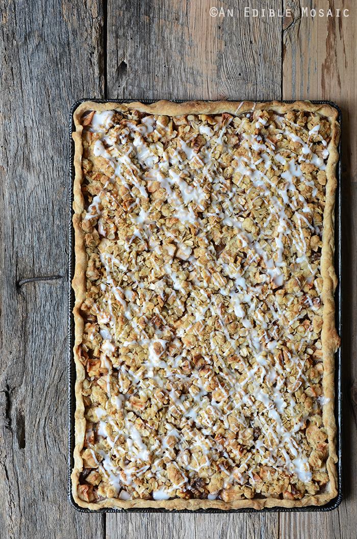 Apple Slab Pie with Nutty Oat Crumble Topping 2